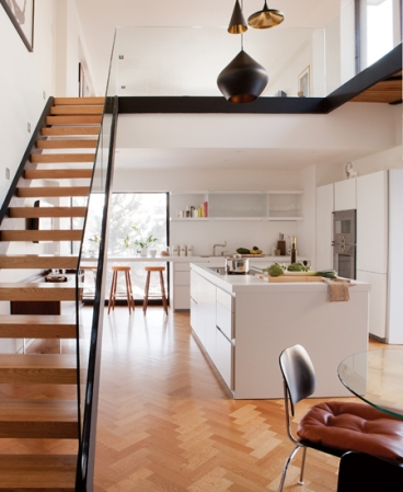 House-and-Home-White-Kitchen-Habitat-AP12